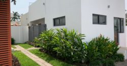 4 Bedroom House with pool,    Airport Residential